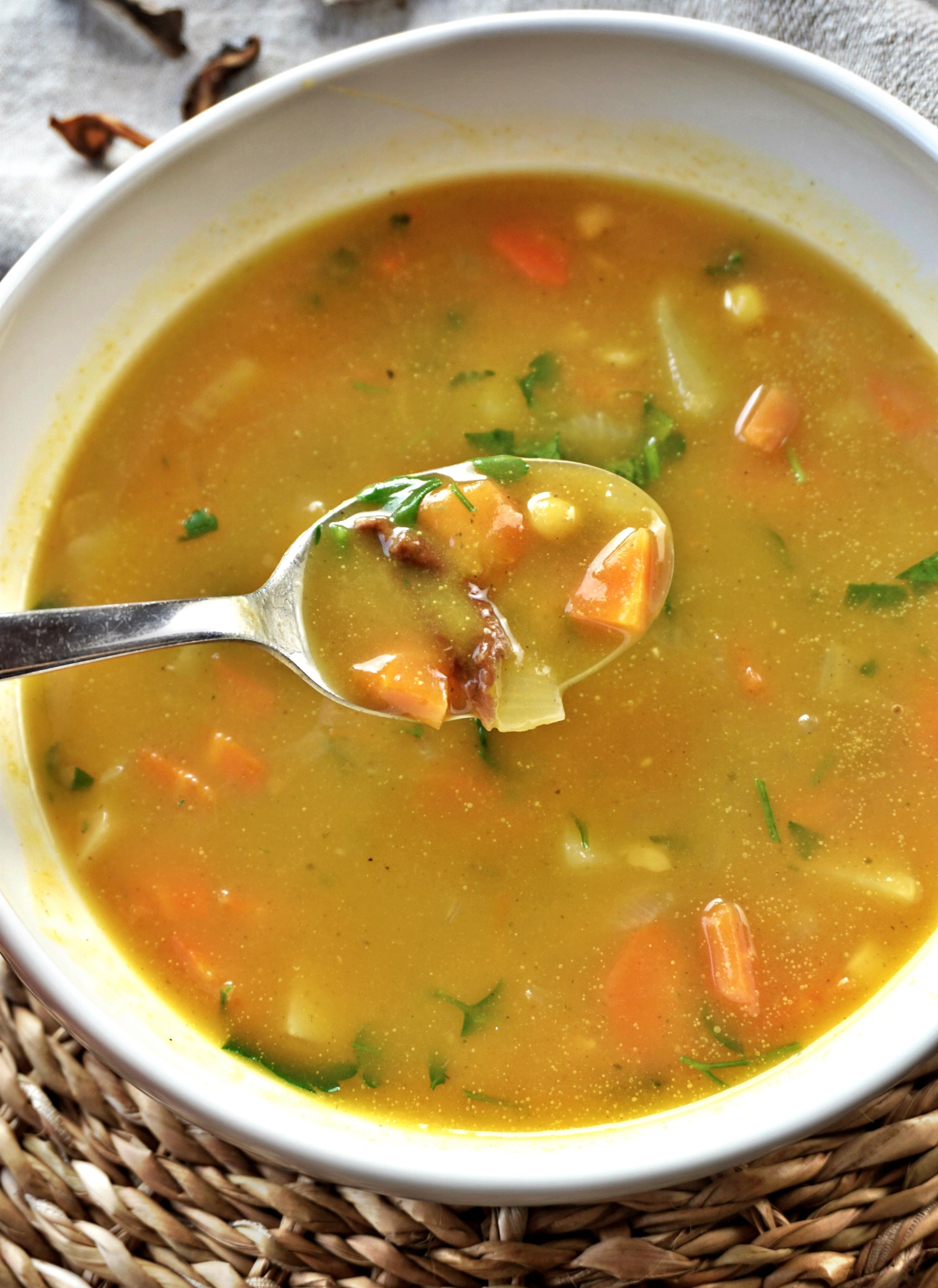 Žirnių ir moliūgų sriuba su baravykais