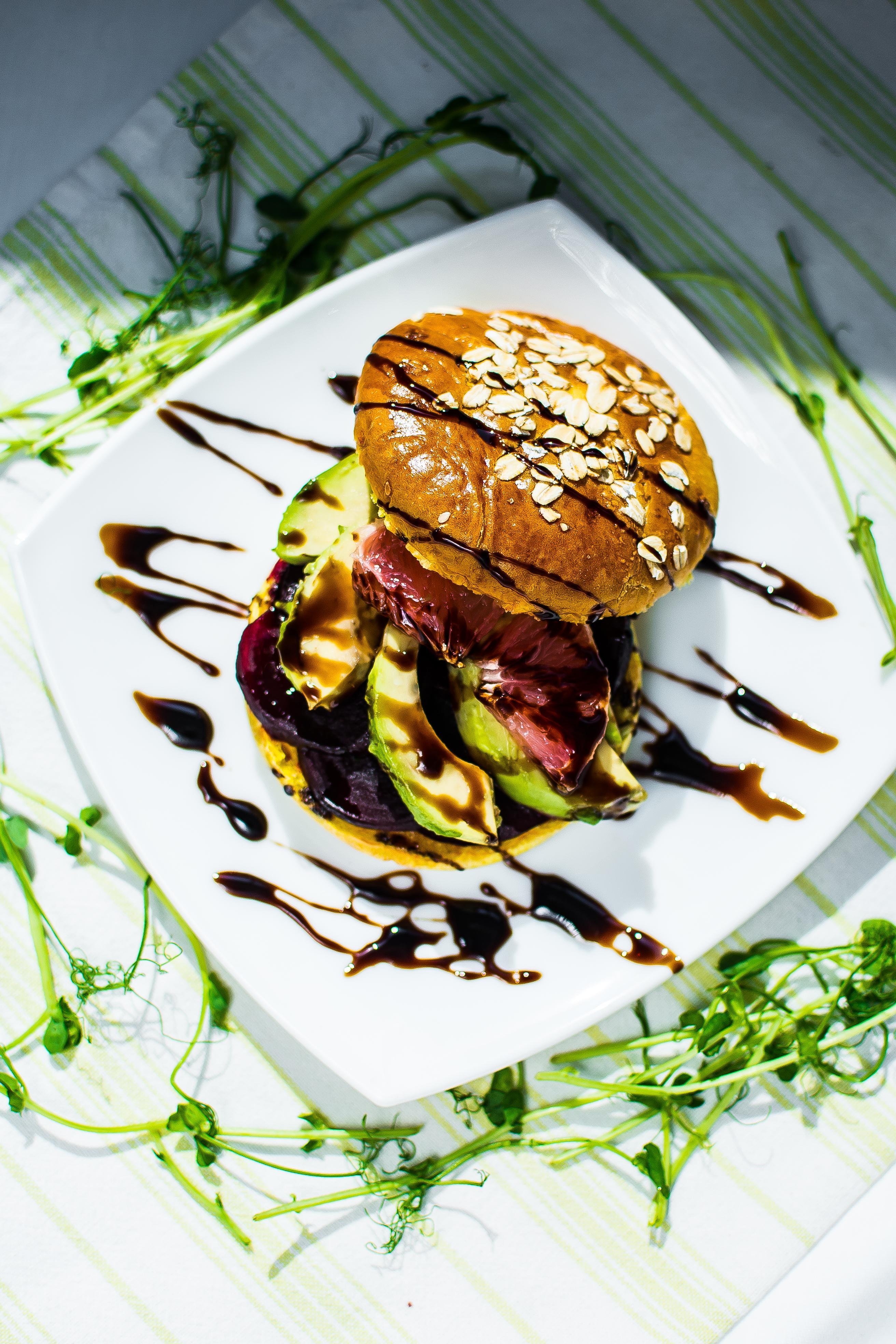 Sumuštiniai su avokadais ir greipfrutu
